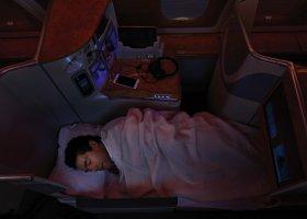 emirates-business-002.jpg