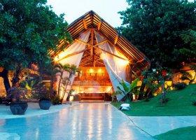 polynesie-hotel-bora-bora-pearl-beach-resort-002.jpg
