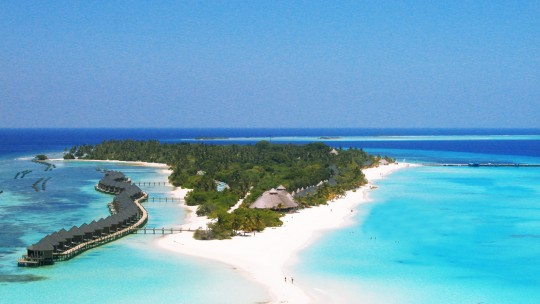 DELUXEA - Kuredu Resort & Spa Maldives ****